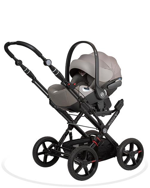 Der Topline X Kinderwagen kann mit verschiedenen Babyschalen kombiniert werden. Cybex Cloud Z, Kiddy, Joie, Maxi Cosi